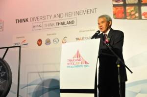 H.E. Mr. Damrong giving his speech in Thailand Week 2015